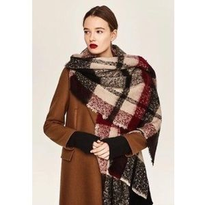 NWT Zara Blanket Scarf